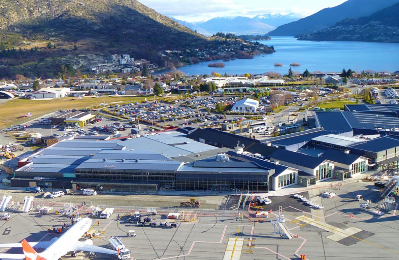 Cook Brothers Construction queenstown airport aerial lake FocusFillWzEwNTAsNjg0LCJ4Iiw4Ml0